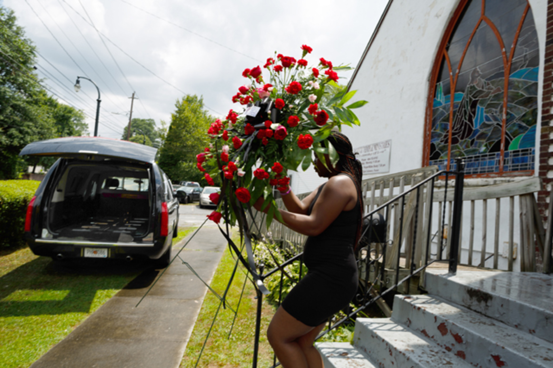 Time and place funeral flowers atlanta creative loafing time and place funeral flowers izmirmasajfo